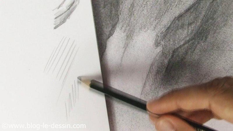 tracer des lignes pour obtenir un dessin en relief rapidement et des détails