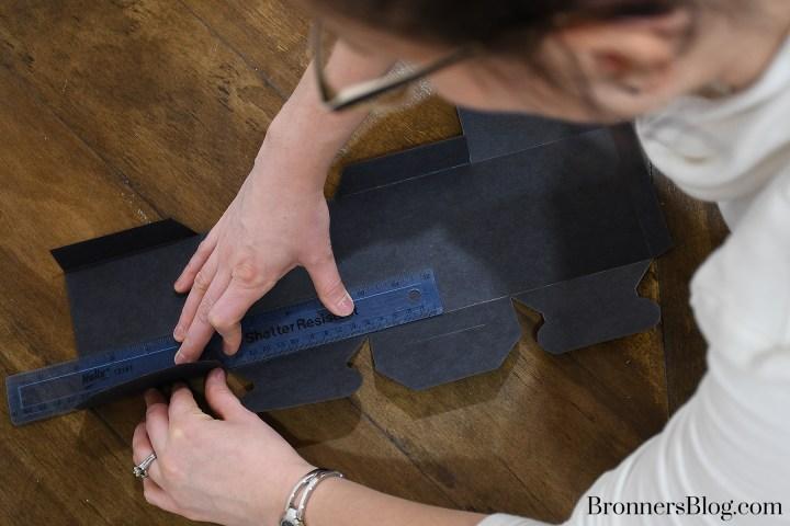 Folding DIY Graduation Gift Box