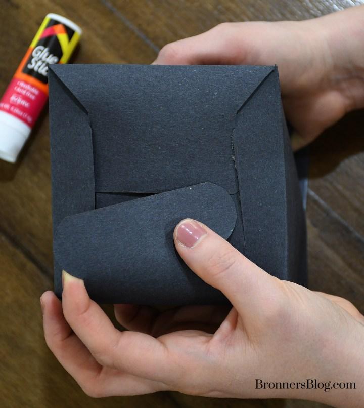 Fold DIY Graduation Gift Box