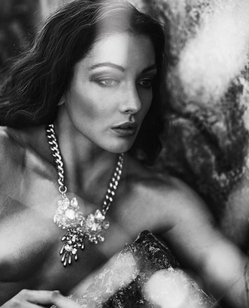 Model: Avianna McKee (@ Java Models Munich); Hair&Make-up: Melanie Hoppe; Photography: Christine Polz; Title: Nymph