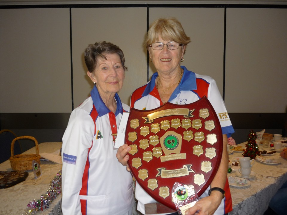 Kaye Bailey was presented the Minor Singles Trophy by Past President and Patron Margaret Wighton.