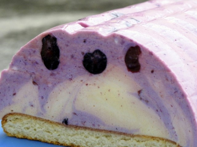 Lagani kolač sa voćnim jogurtom
