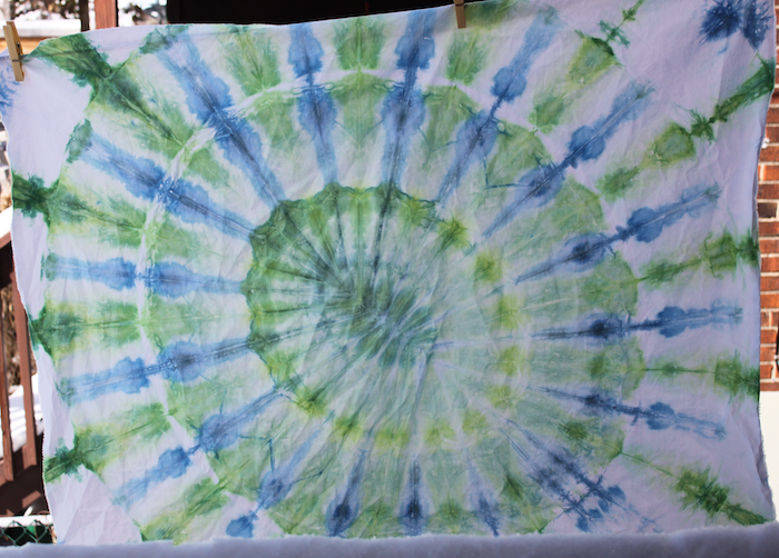 snow dyeing mandala green_blue