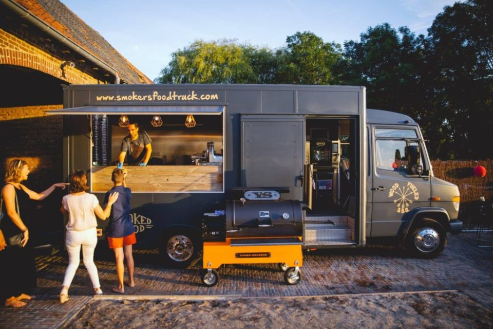 foodtrucks met super originele namen - smokers foodtruck