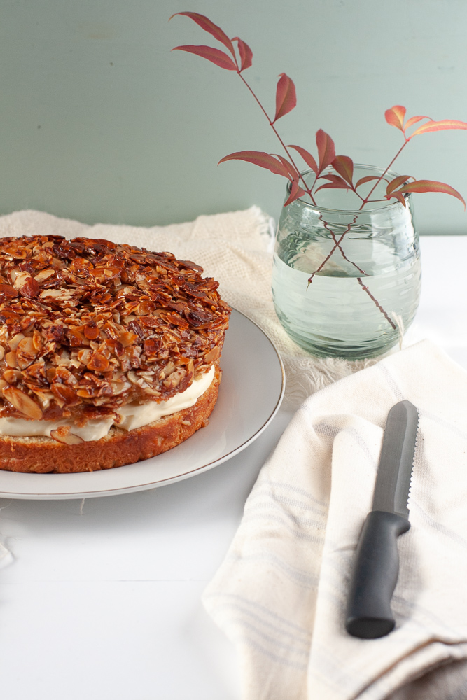 Bee Sting Cake (Bienenstich) recipe