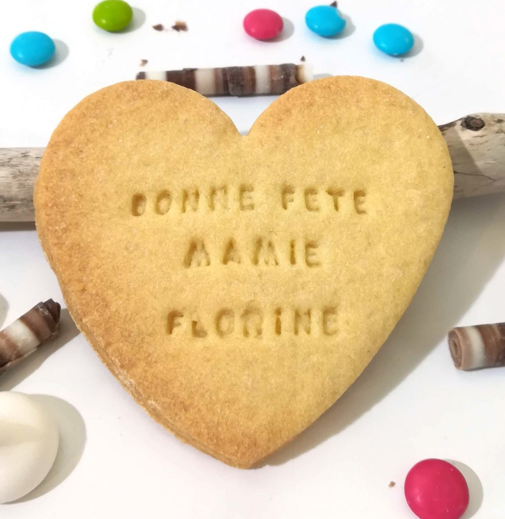 biscuit-coeur-personnalise-fete-grand-mere