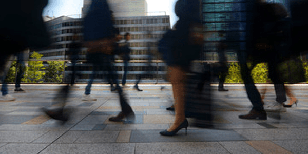 UK economic outlook hinges on May selling deal