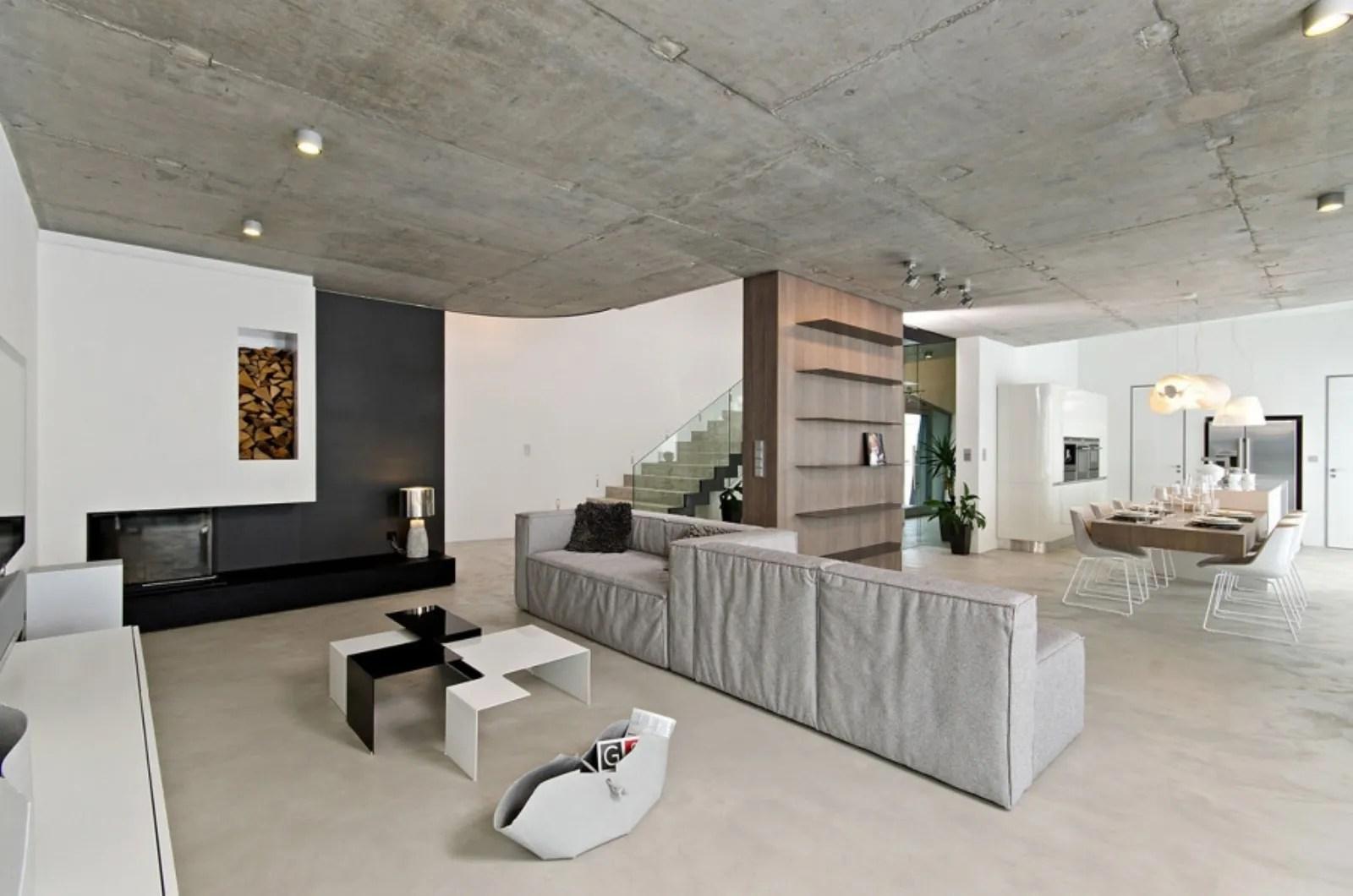 Gli spazi salotto e sala da pranzo sono gli ambienti più utilizzati da chi vive la casa.per questo motivo è bene che rispondano a criteri di funzionalità e comodità con spazi ampi e luminosi, caratterizzati da tutto il necessario per vivere la. Open Space