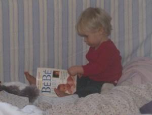 Je lis toute seule les livres de maman