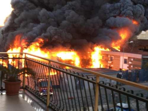 Fabbrica pvc fuoco