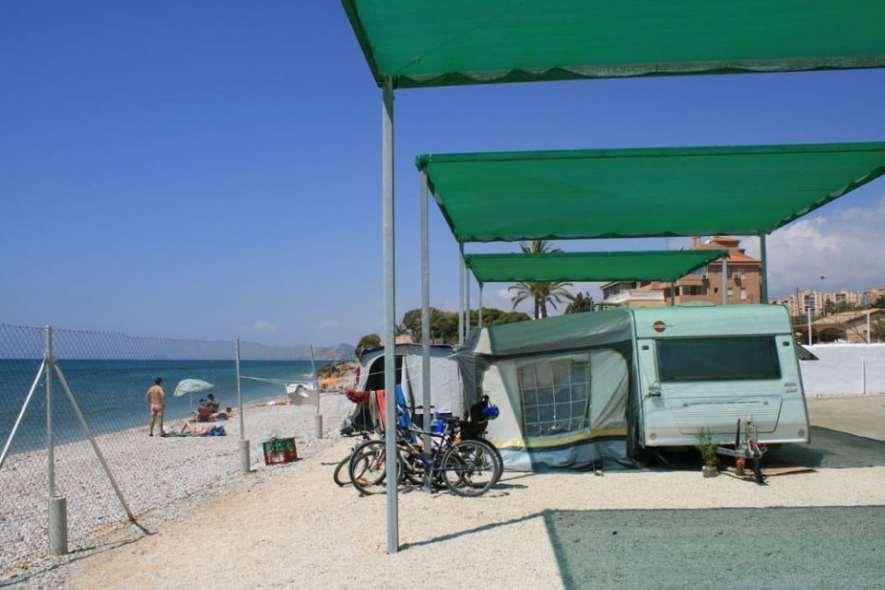 camping-playa-paraiso
