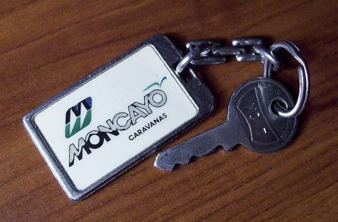 llavero-con-logo-moncayo-640x420