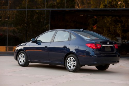 small resolution of hyundai ecomods the 2010 elantra mpg up by 8 city 6 hwy