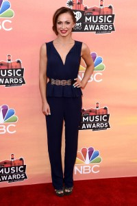 Selena Gomez's Revealing Outfit, Barely There Makeup Turn ...