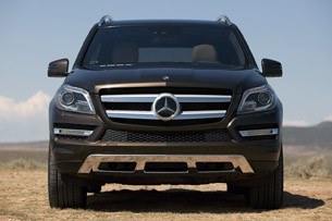 2013 Mercedes-Benz GL450 front view