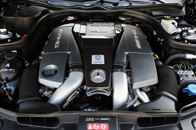 2012 Mercedes-Benz CLS63 AMG engine