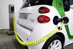 2013 Smart Fortwo Electric Drive charging