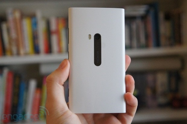 Nokia Lumia 920 coming to Vodafone UK in 2013