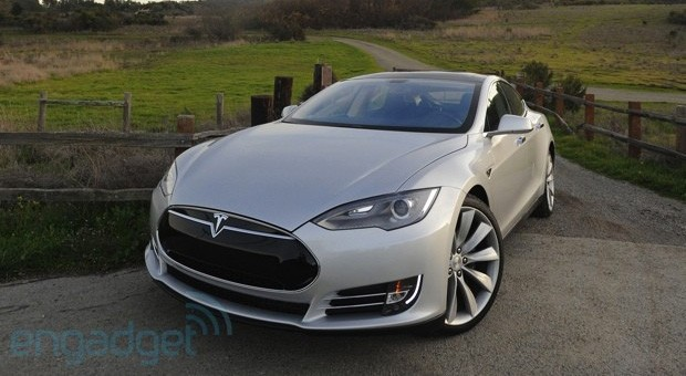 Tesla Model S gets Consumer Reports' top score, suggests it's easy being green