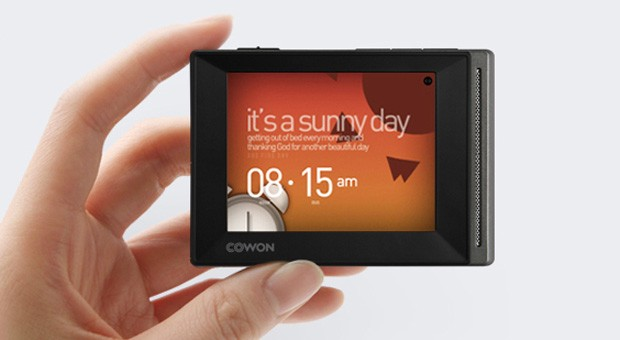 Cowon D20 launches in Japan, keeps MP3 players alive 90 hours at a time