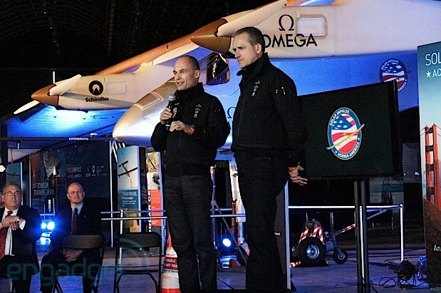Solar Impulse to fly across the US in preparation for a trip around the world in 2015