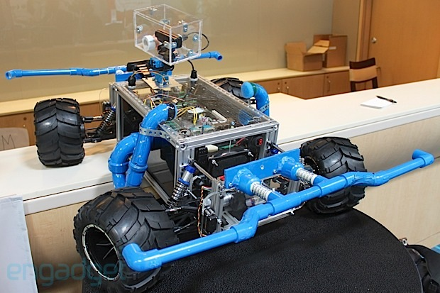 Eyes-on with Cornell University's laser tag dunebots (video)