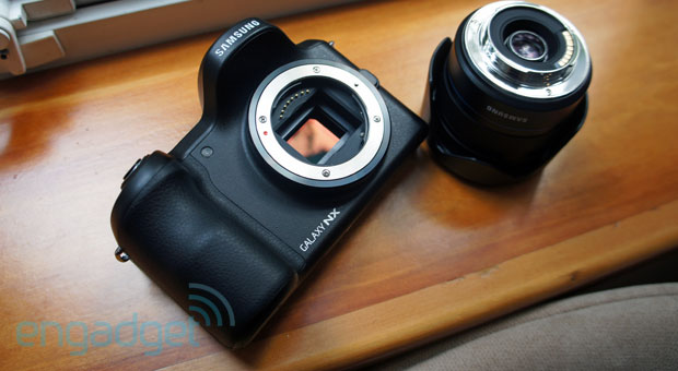 Samsung Galaxy NX camera handson