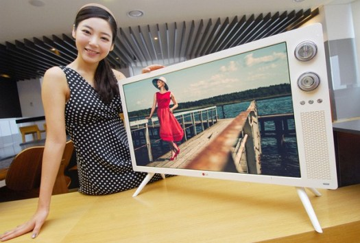 LG ships retro 32inch LCD with rotary dials, recalls the days before remotes