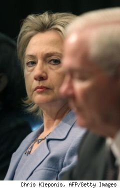 Hillary Clinton, Robert Gates