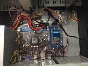Visão geral da placa com o drive de DVD