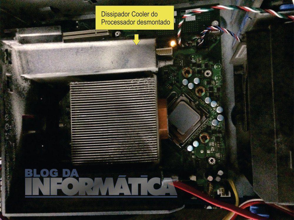 Foi tirado o dissipador do processador