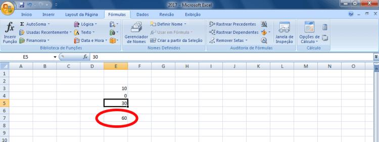 Excel - Valor alterado na célula, mas o total permanece