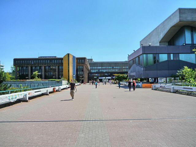 Ruhr-Universität Bochum   Foto: M, via Wikimedia Commons