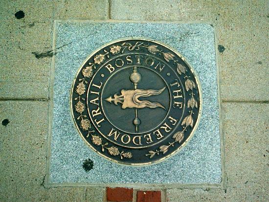 Freedom Trail - pontos históricos da Revolução Americana  Foto: Eranb
