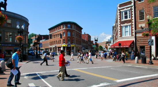 Harvard Square   Foto: Daderot