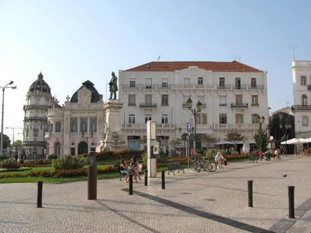 Largo da Portagem, Coimbra | Foto: Portogallo 2007, via Wikimedia Commons