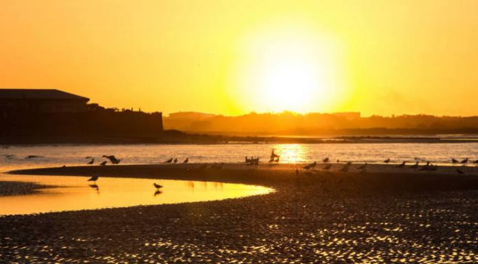 Pôr do sol em Howth's beach, na Irlanda | Foto: Juan Salmoral, via Flickr