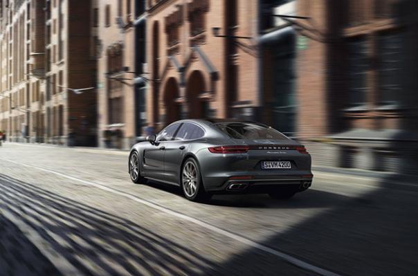 Porsche Panamera (2018) en Argentina, Precio, Versiones