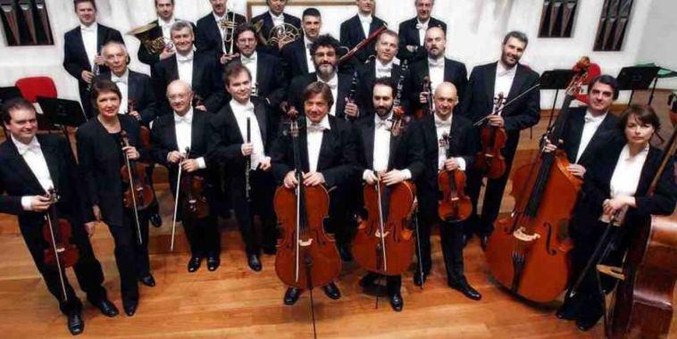 Piero Toso con l'Orchestra di Padova e del Veneto