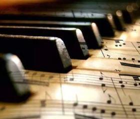Imparare a suonare il pianoforte da autodidatta: l'apprendimento