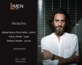 Massimiliano Rocchetta nella copertina del disco Pianosolotrio