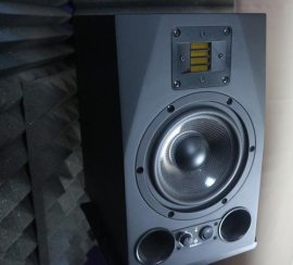 monitor da studio Adam Ax7