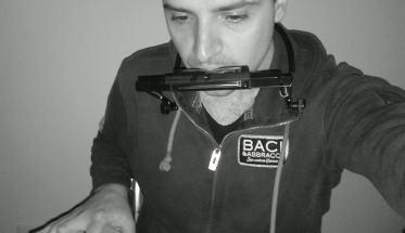 Michele Annunziata con armonica