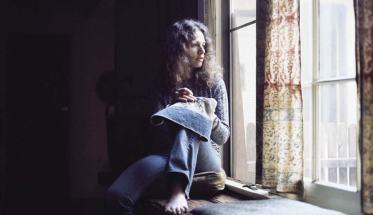 Carole King alla finestra