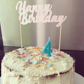 confetti cake pastel