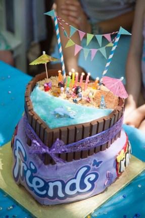gâteau lego friends