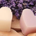 Des produits naturels pour bébé : savon, liniment, soins…