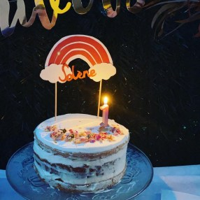nude cake terracotta