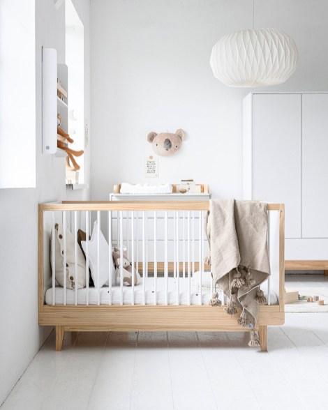 Lit-bebe-bois-Cerise-140x70-Petite-Amelie