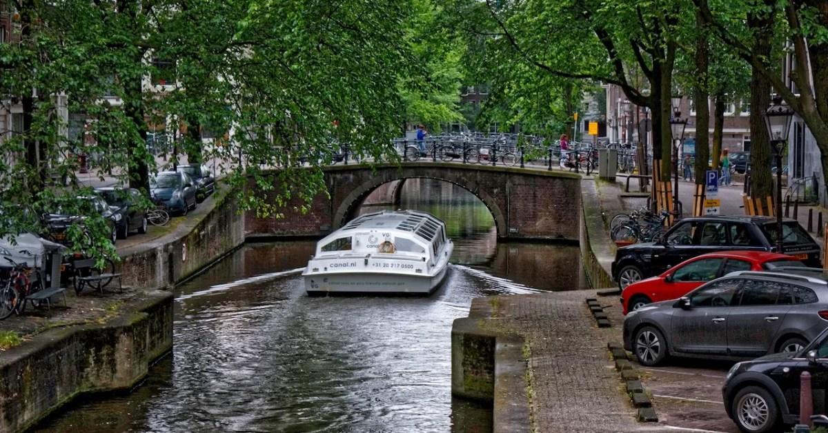 Amsterdam y los impuestos a los turistas